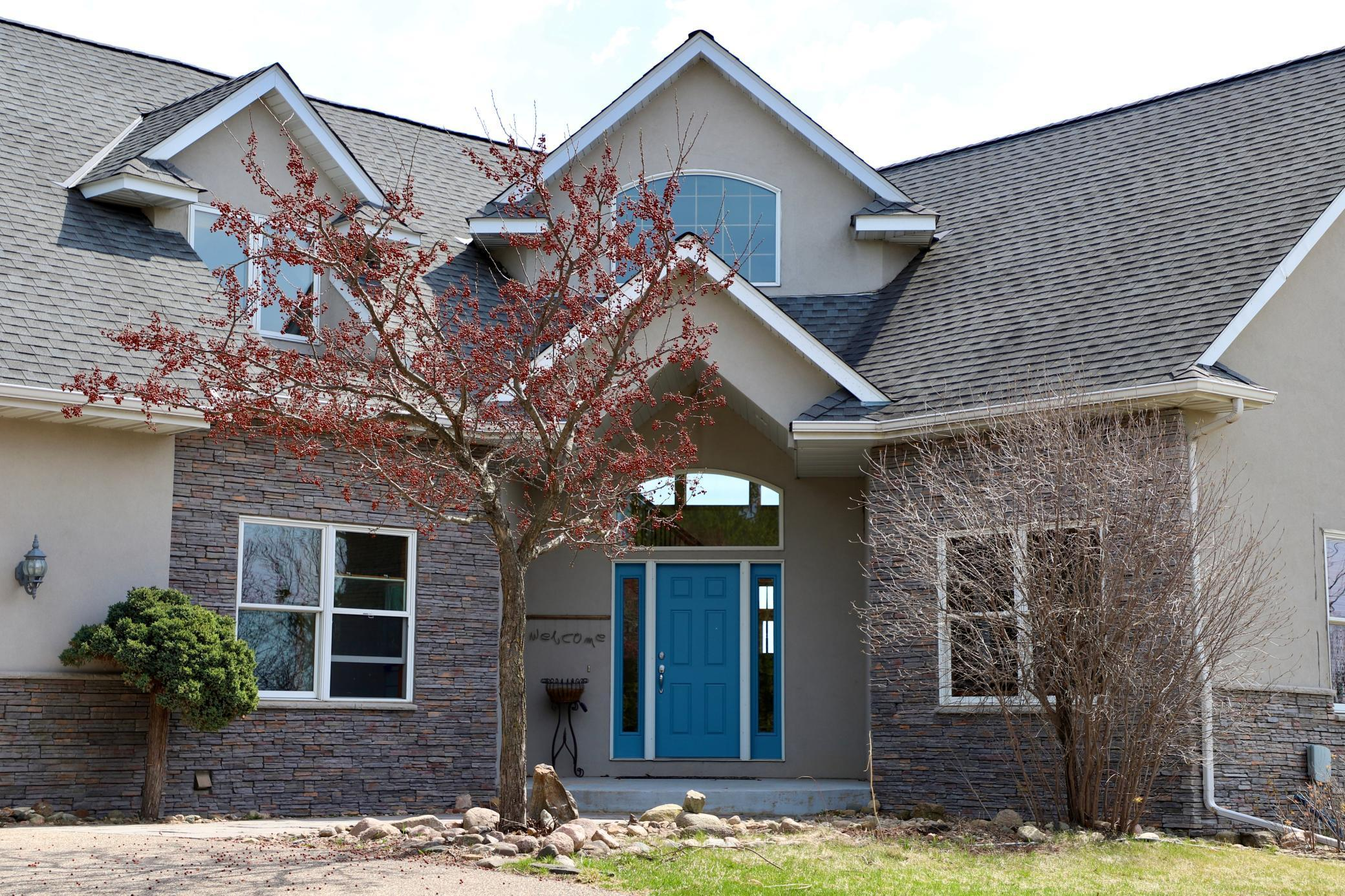 5895 Chester Avenue Property Photo