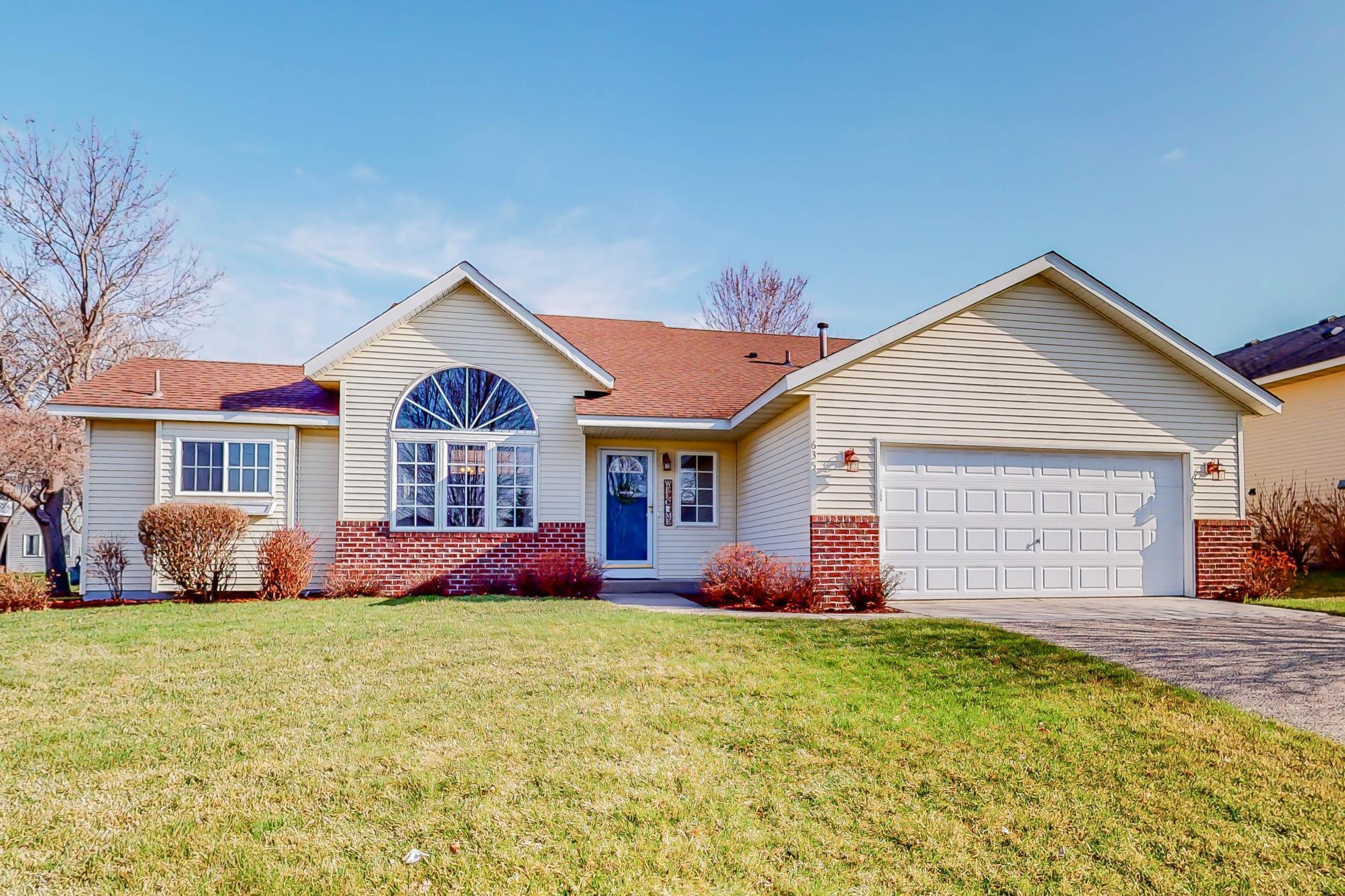 635 Monnens Avenue Property Photo