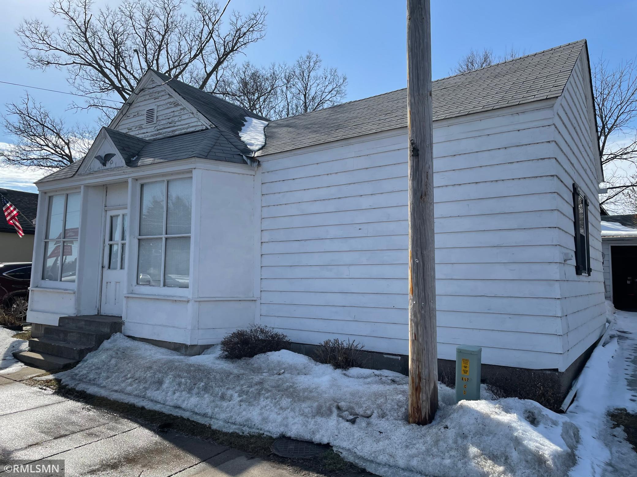 375 Jackson Avenue Nw Property Photo