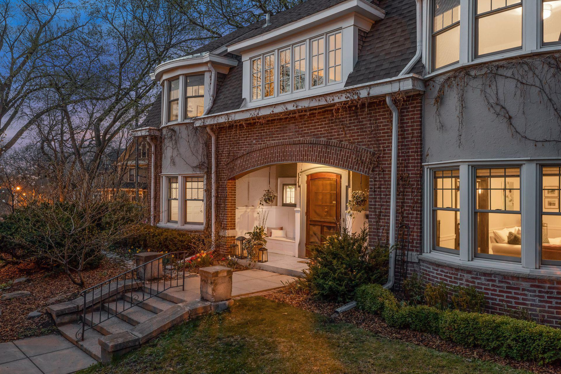 2540 Humboldt Avenue S Property Photo