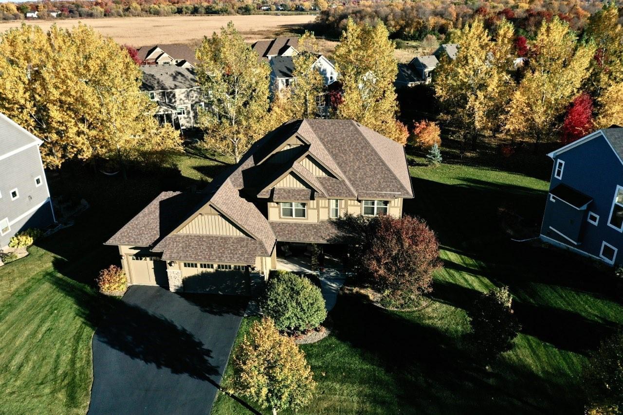 4555 Trillium Drive N Property Photo