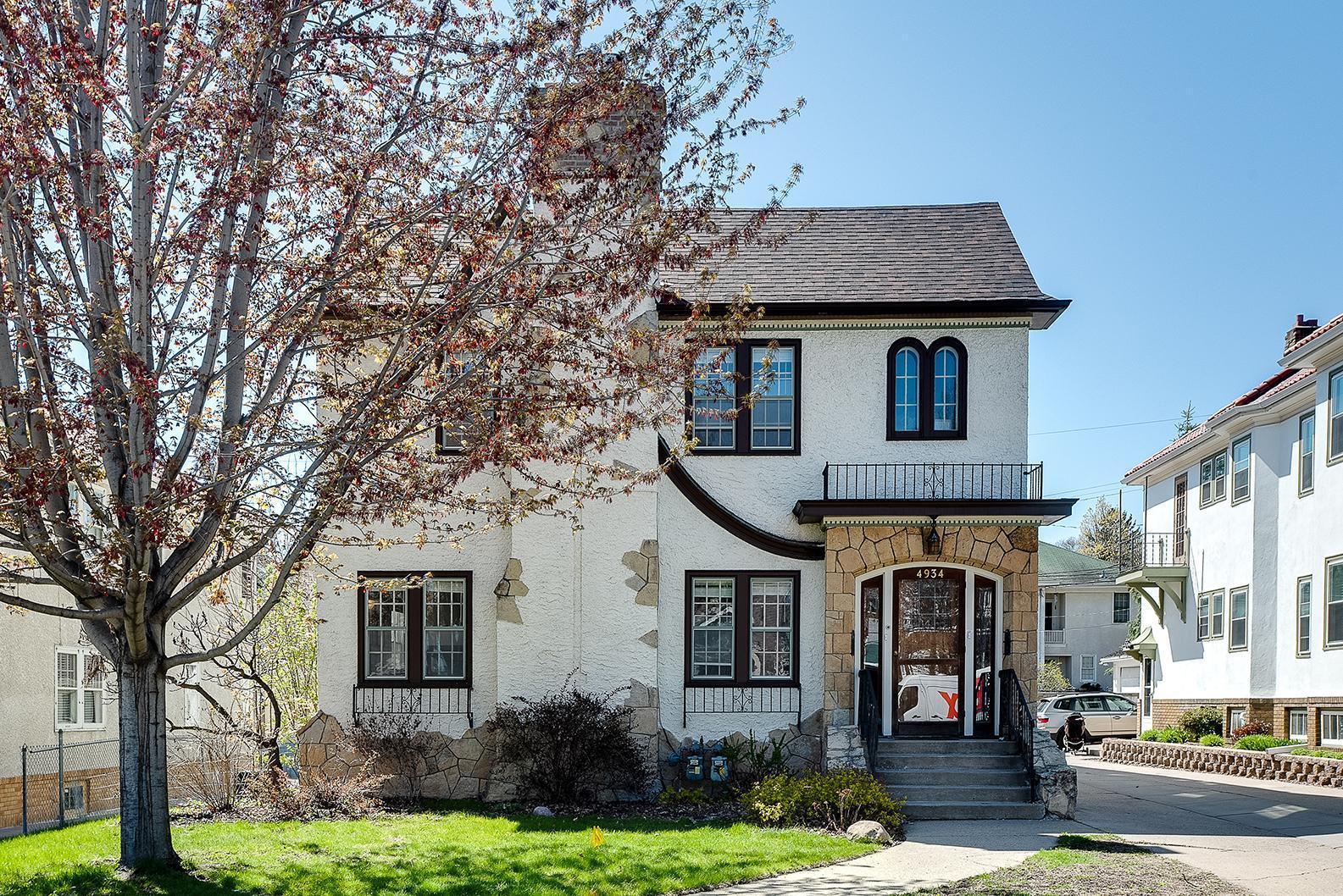 4934 Lyndale Avenue S Property Photo