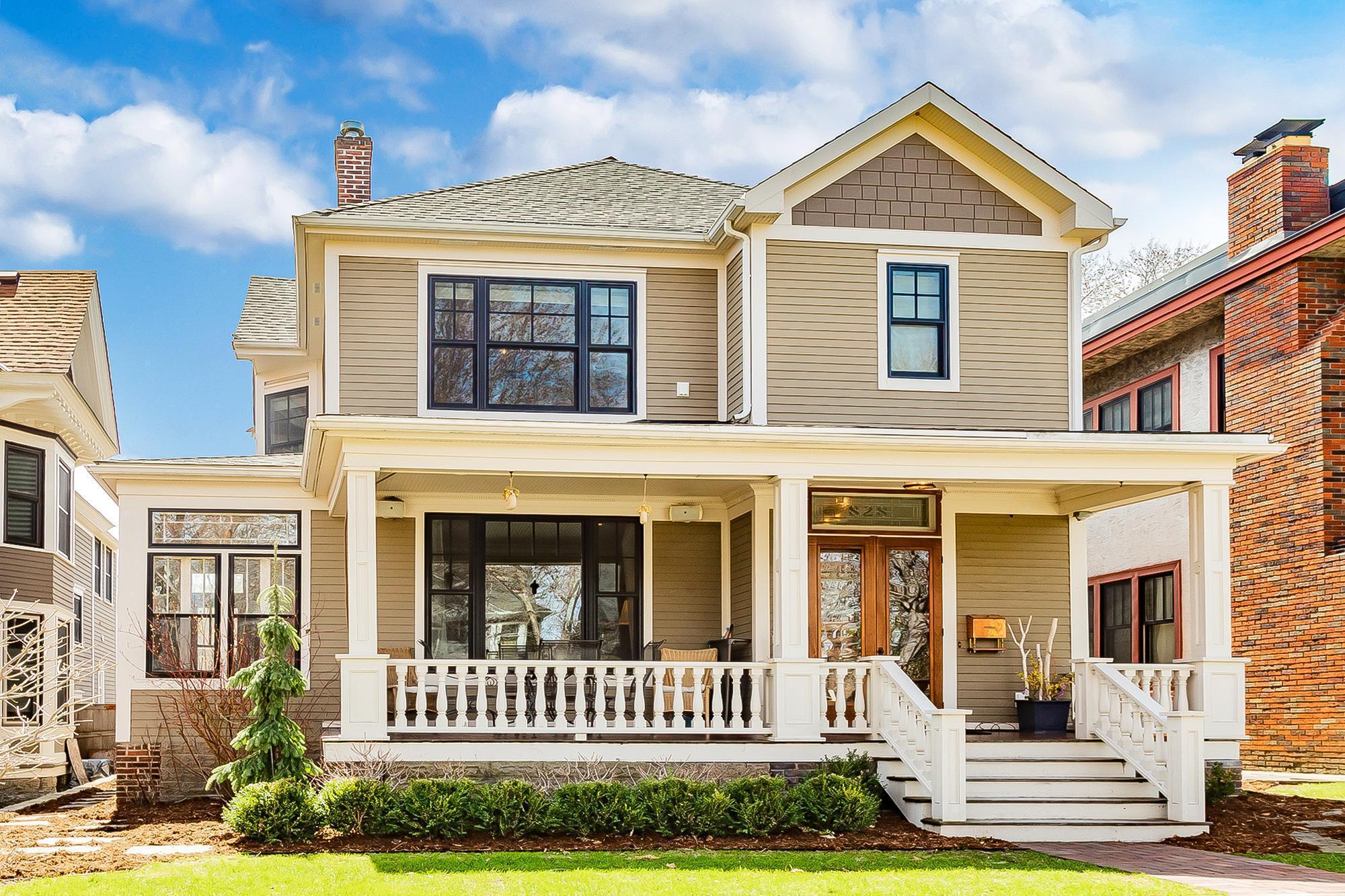 828 Lincoln Avenue Property Photo