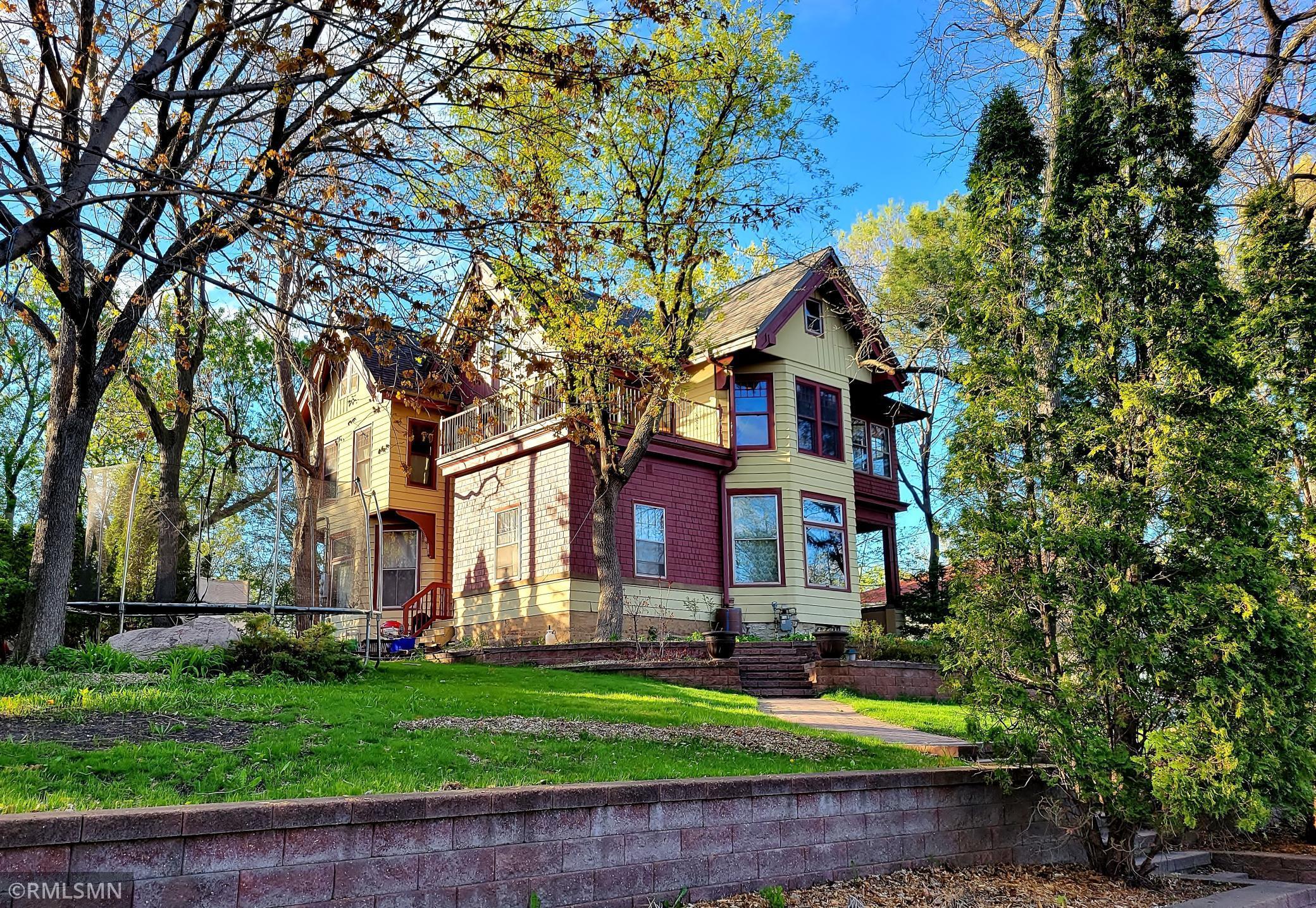2277 Carter Avenue Property Photo
