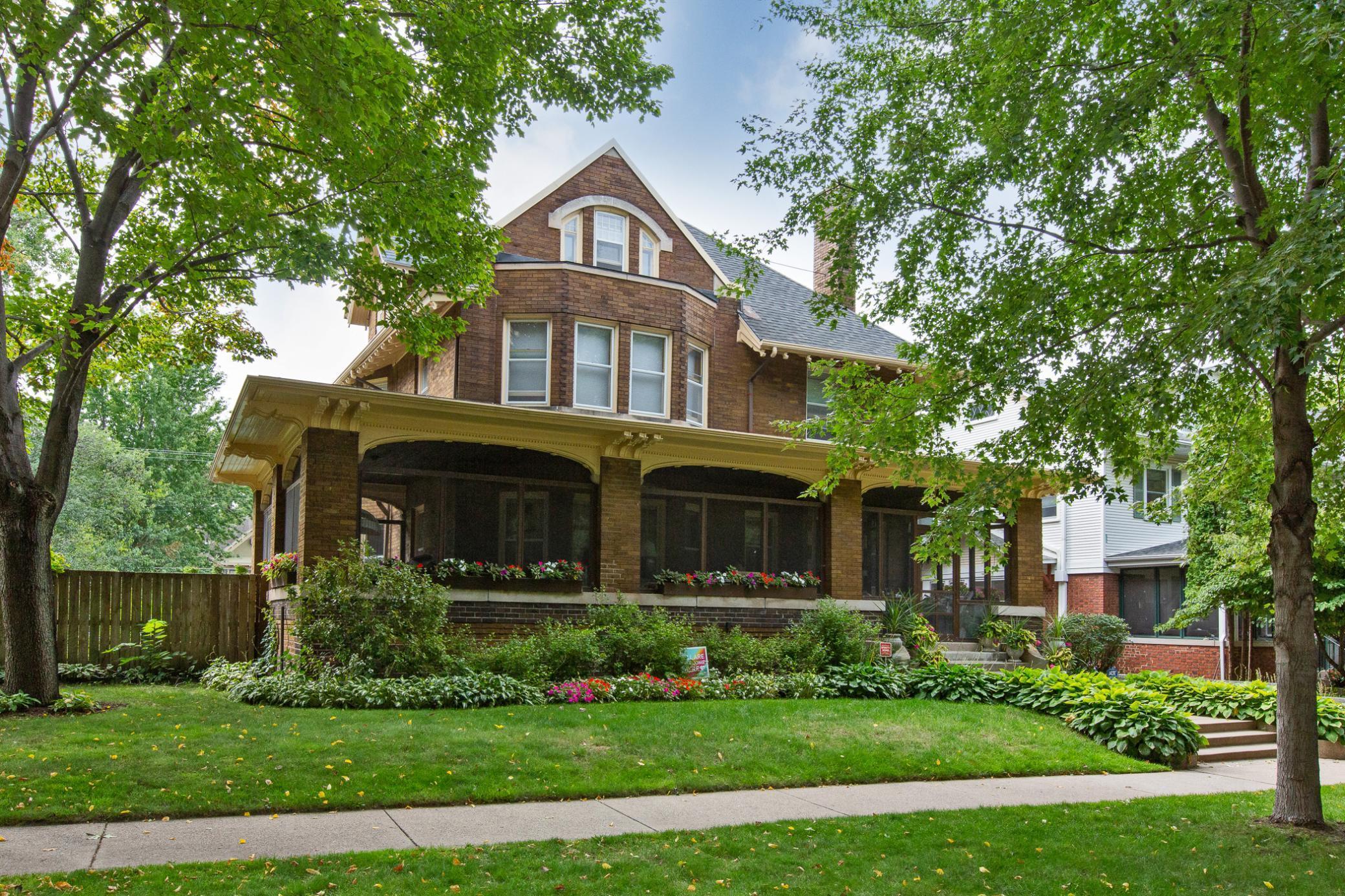 964 Lincoln Avenue Property Photo