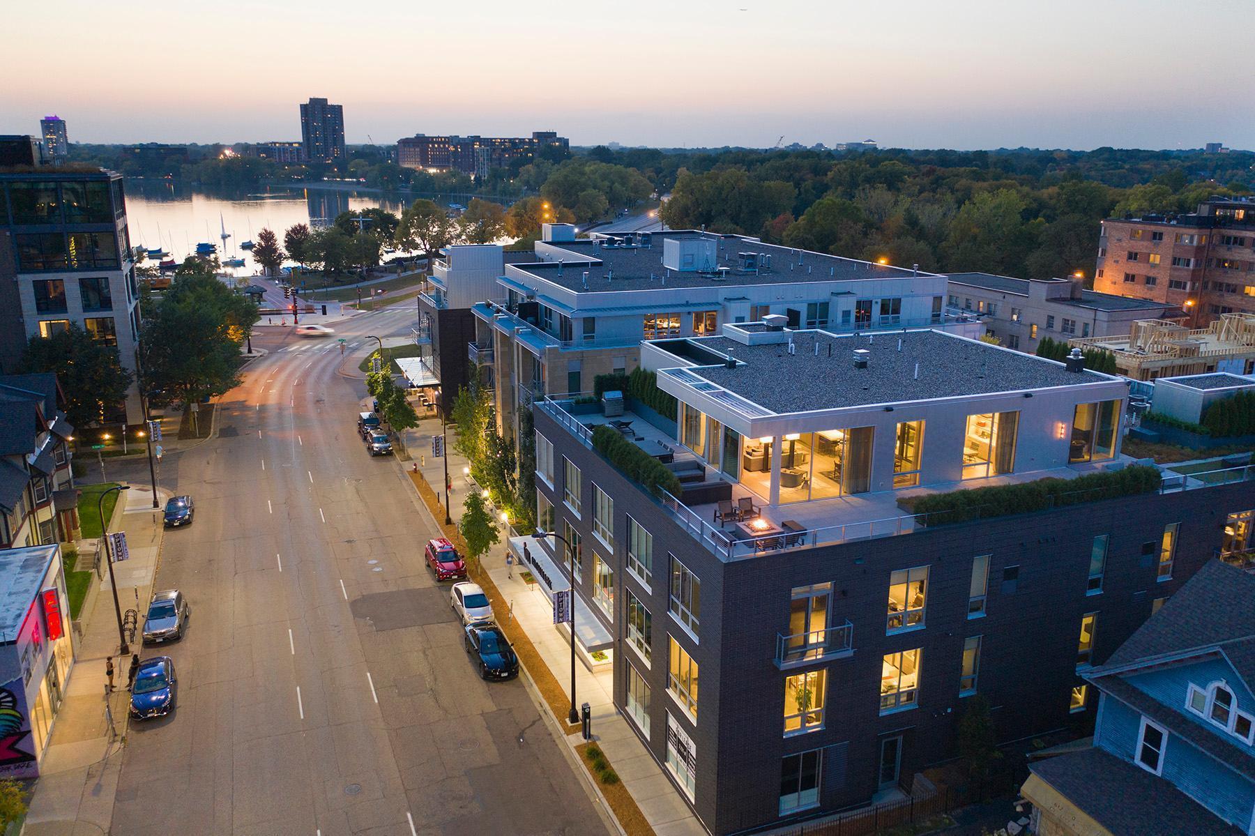 1710 W Lake Street #400 Property Photo 1