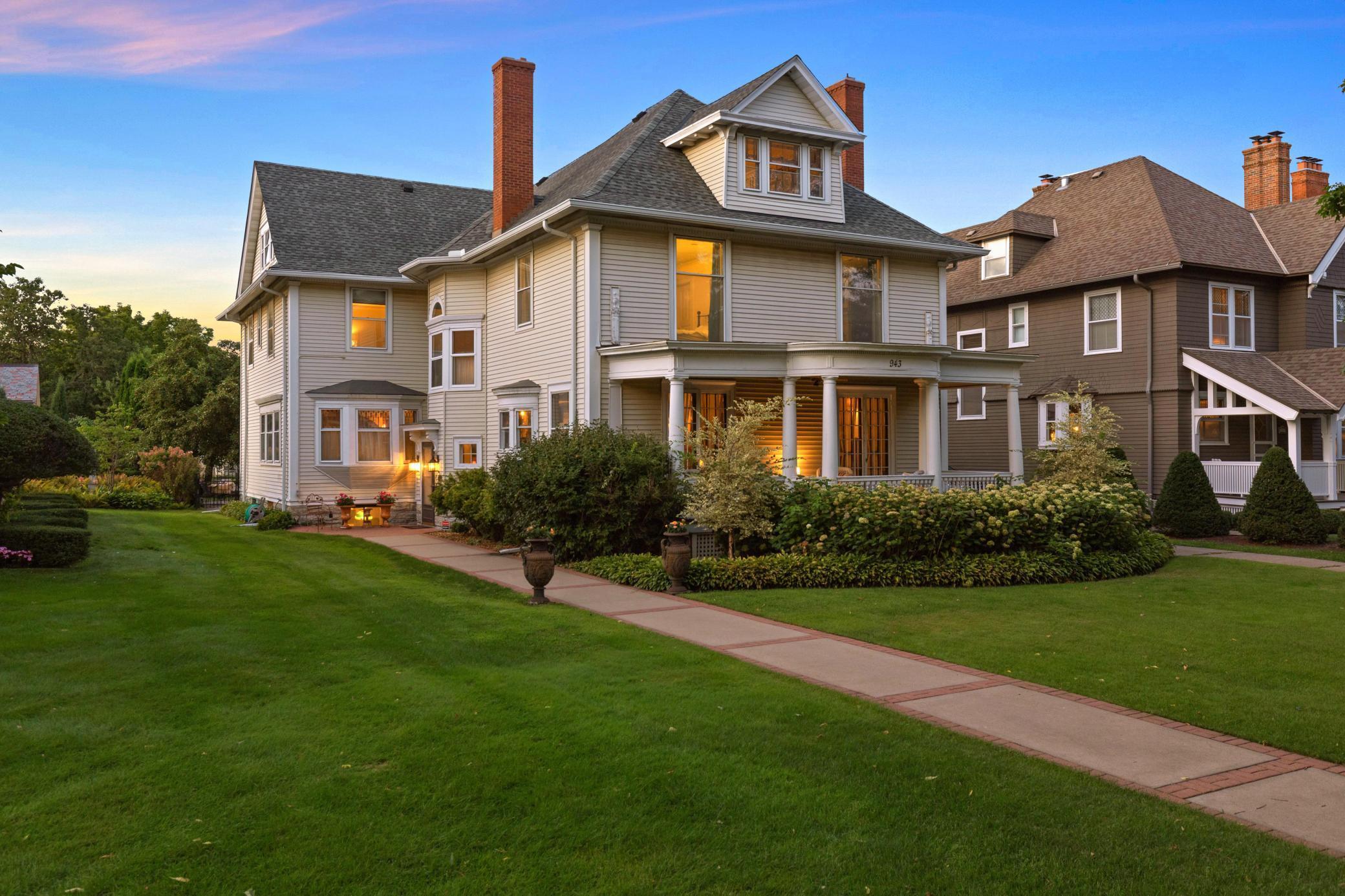 943 Summit Avenue Property Photo