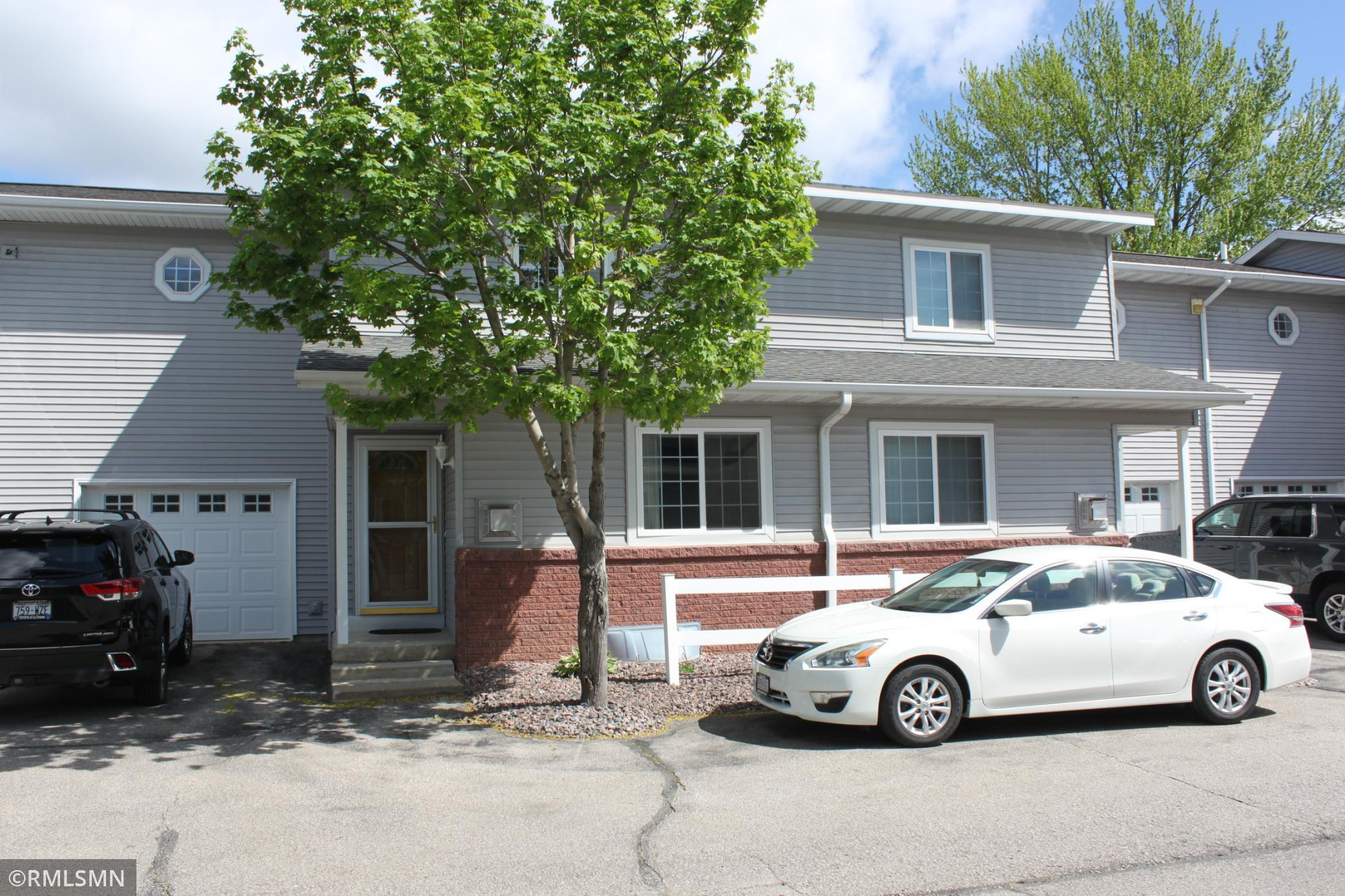 806 Cedar Drive #c Property Photo