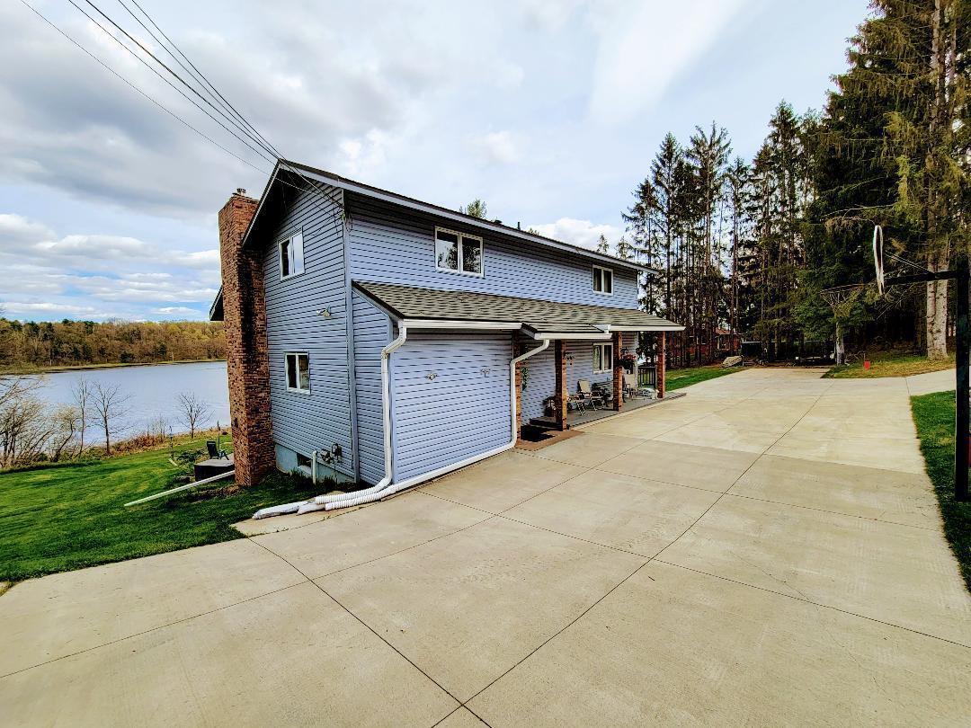 1573 2 2 1/2 Street Property Photo 1