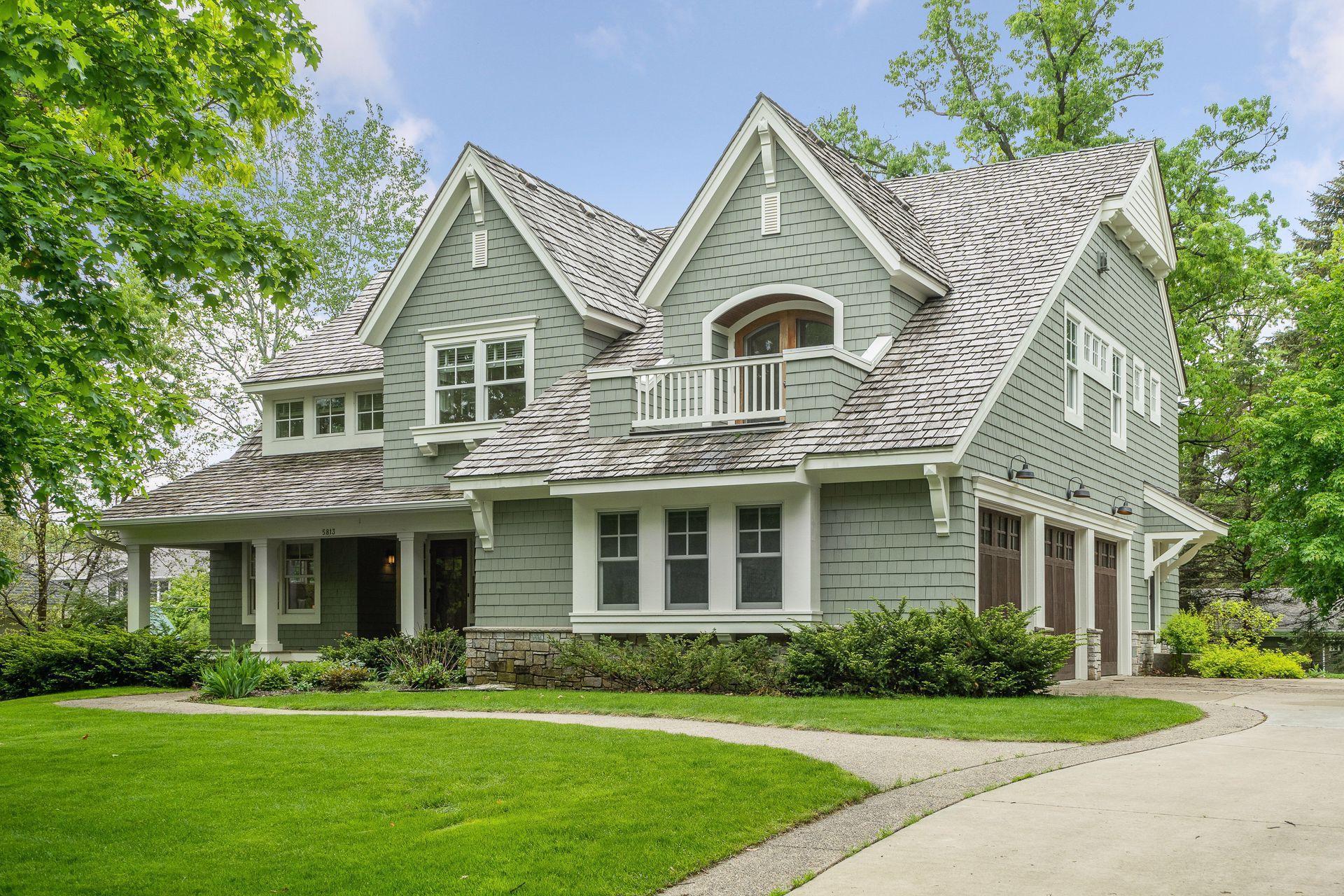 5813 Northwood Drive Property Photo 1