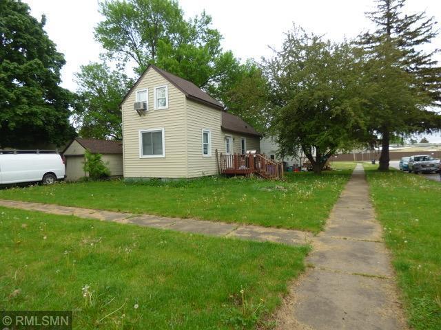 306 2nd Street Ne Property Photo 1