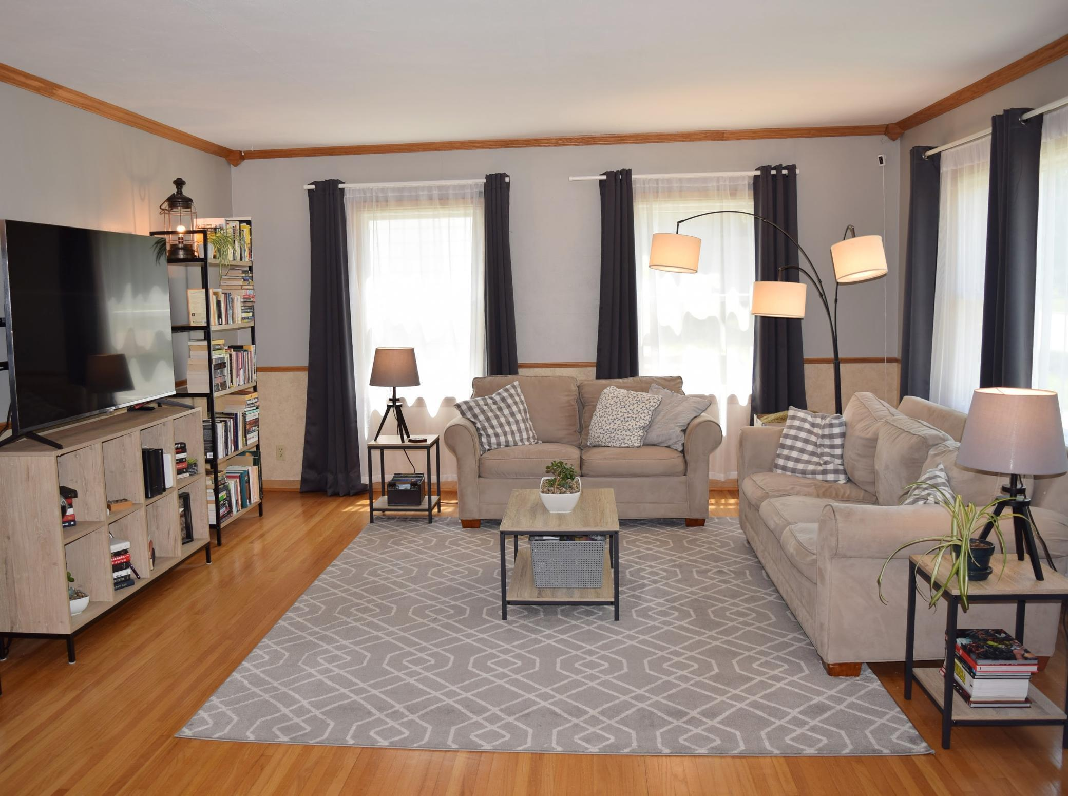 531 S Walnut Avenue Property Photo 1