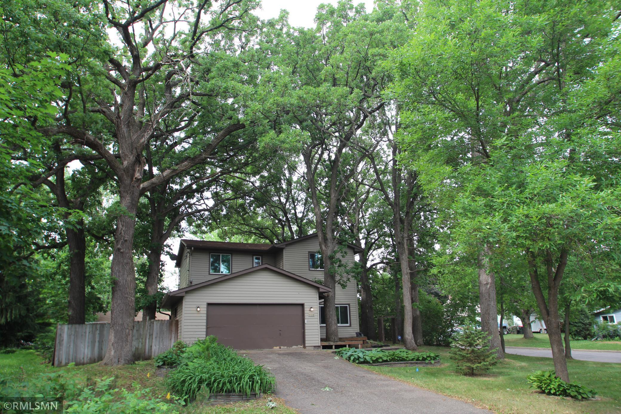 824 W River Street Property Photo 1