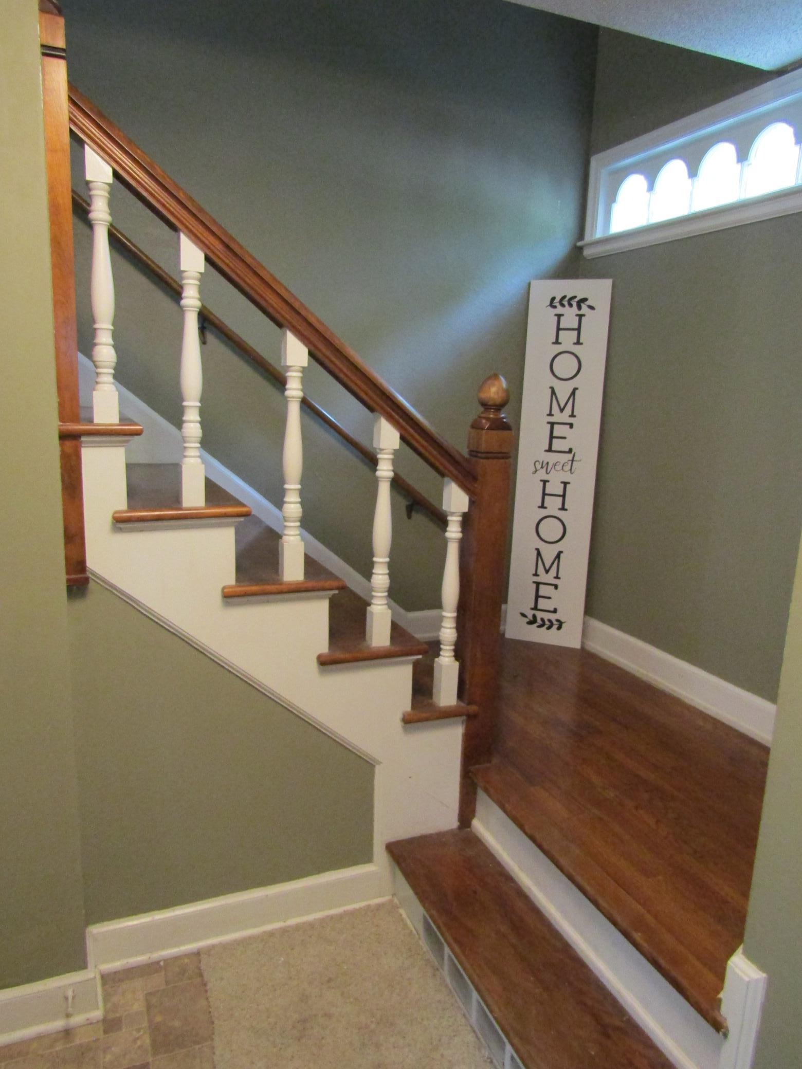 806 E Lincoln Avenue Property Photo 1