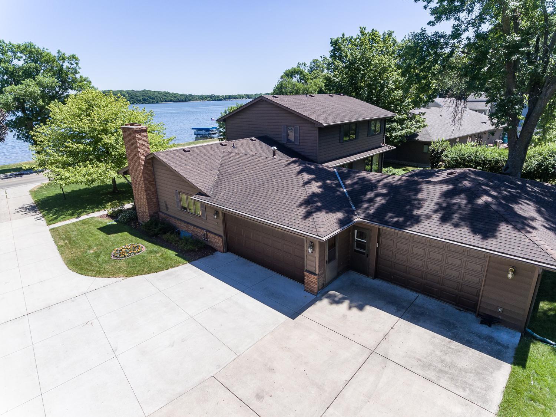 809 Clear Lake Drive Property Photo 1