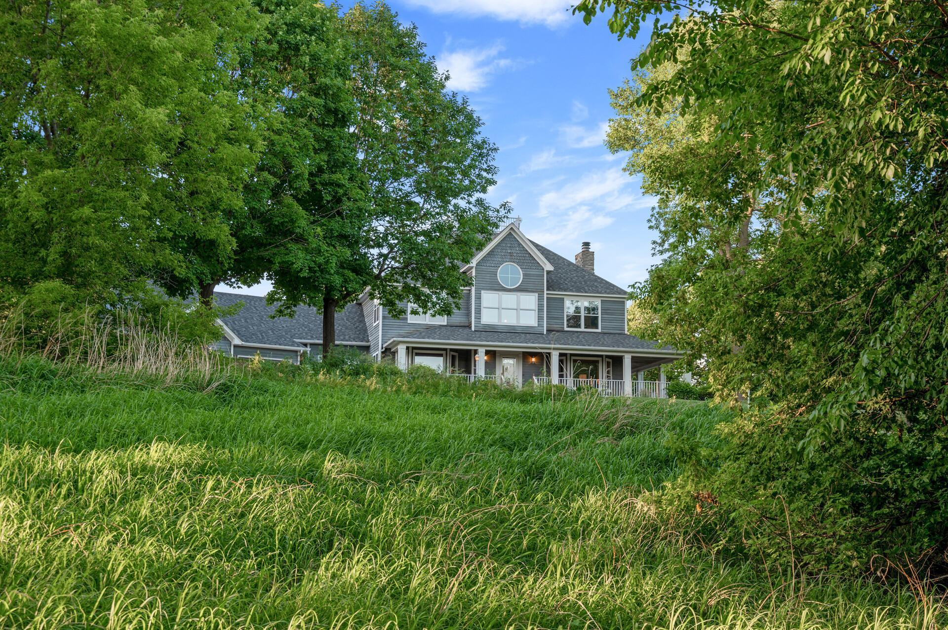 28023 Bayview Drive Property Photo 1