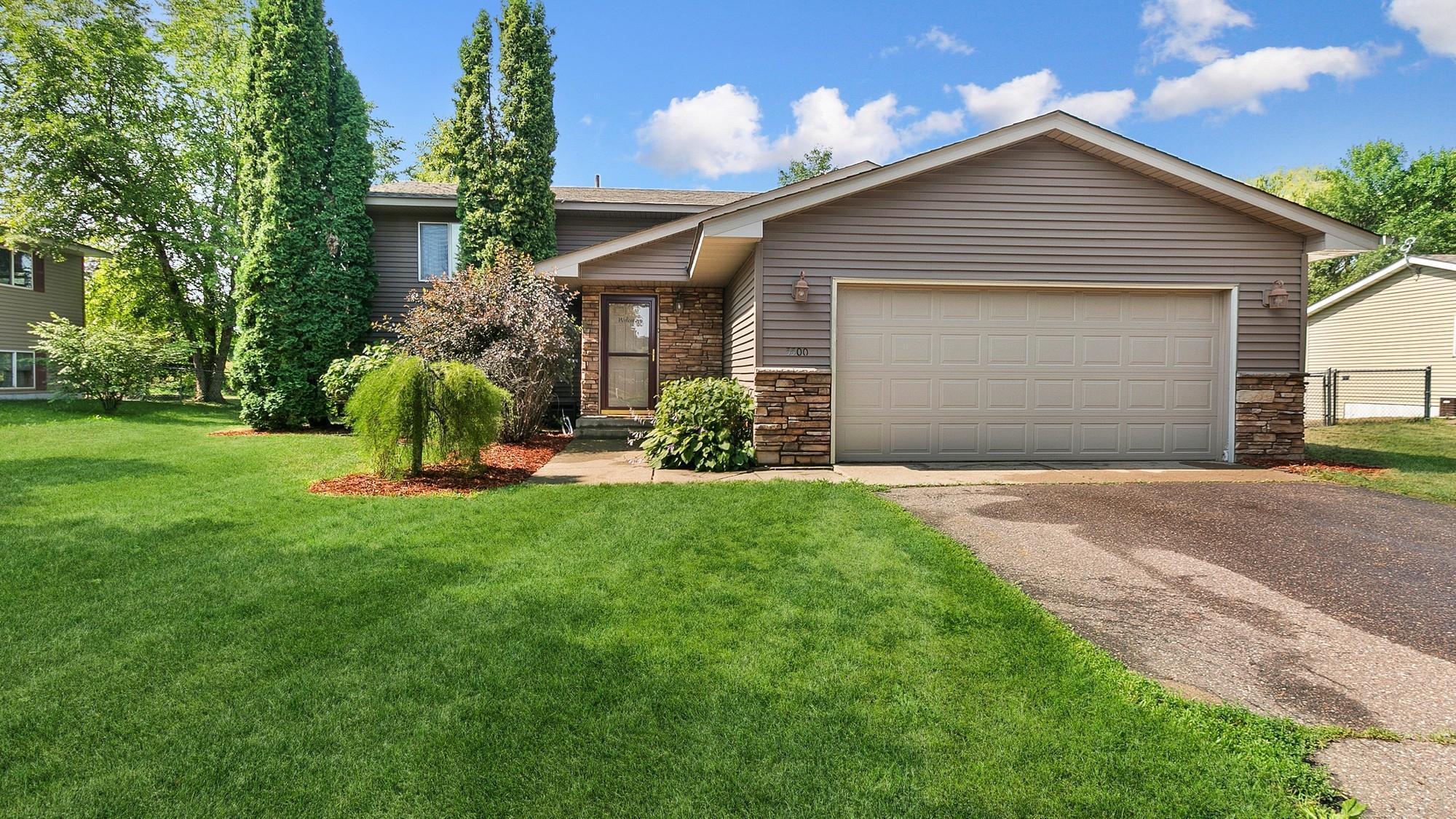 5500 Mallard Lane Property Photo 1