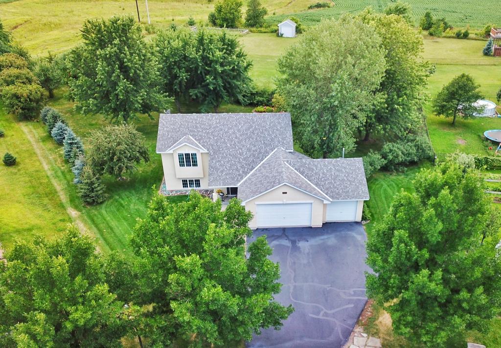 8915 Farmstead Avenue Property Photo 1