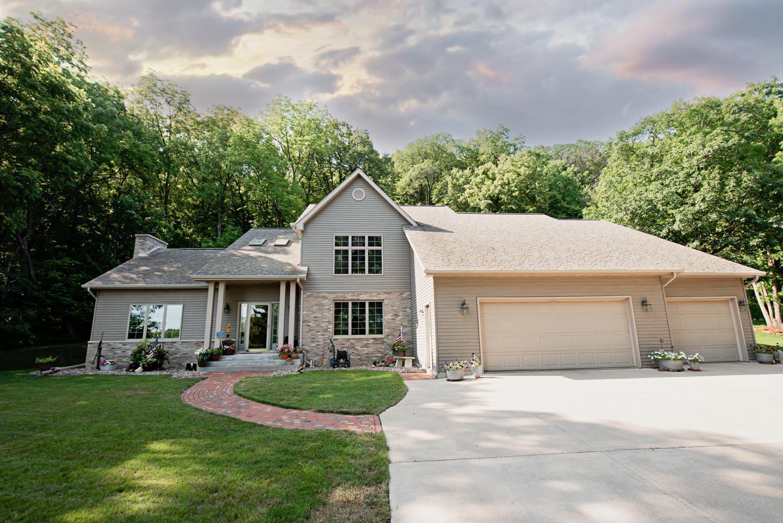 41971 Spillway Drive Property Photo 1
