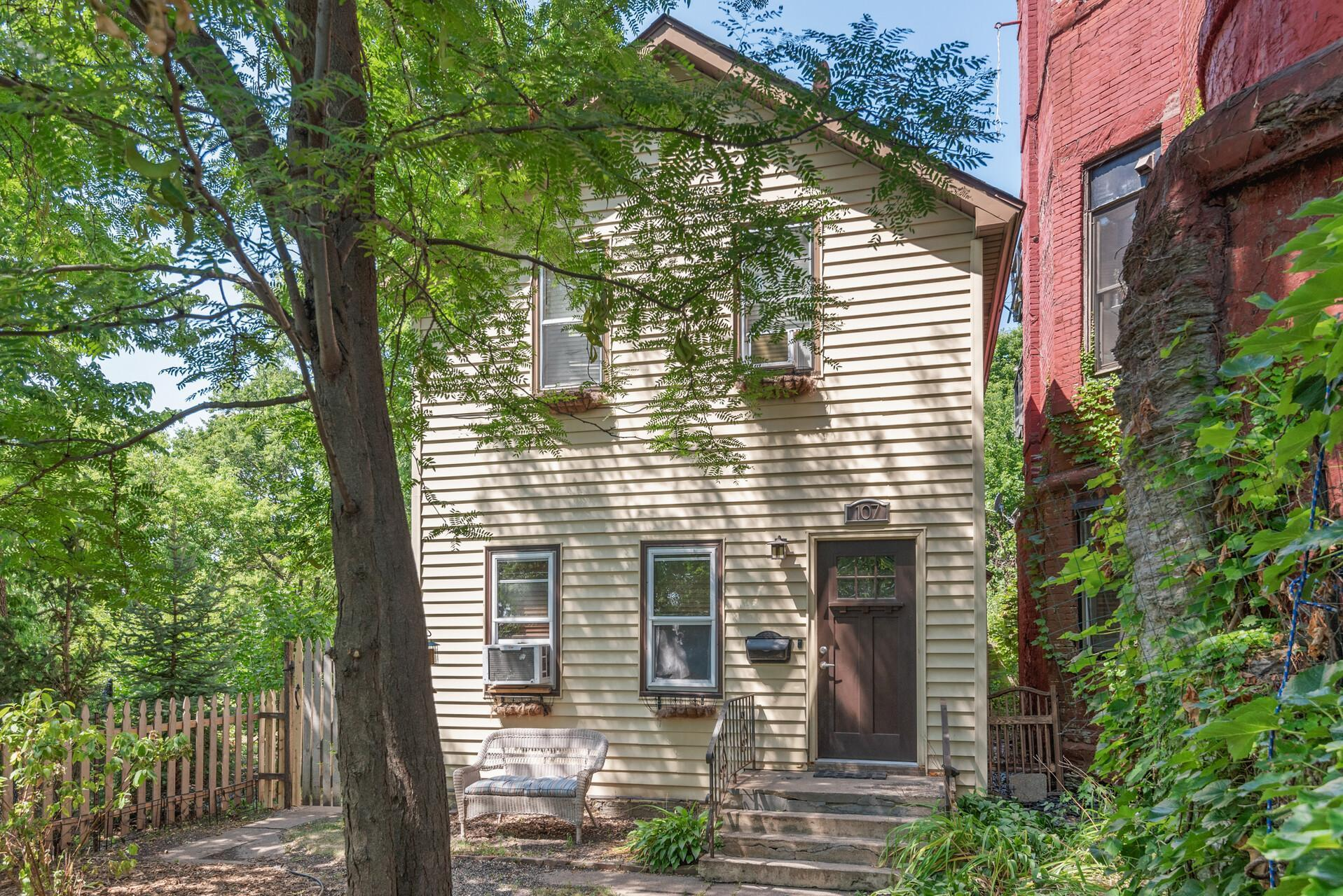 107 Wilkin Street Property Photo 1