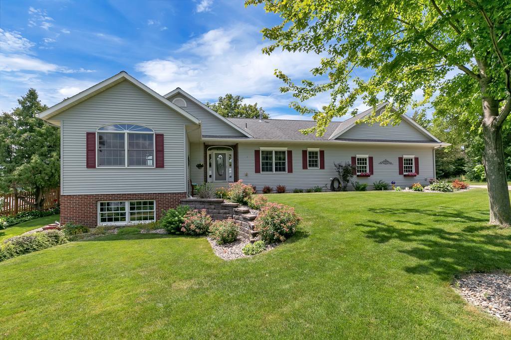 20923 Big Lake Property Photo