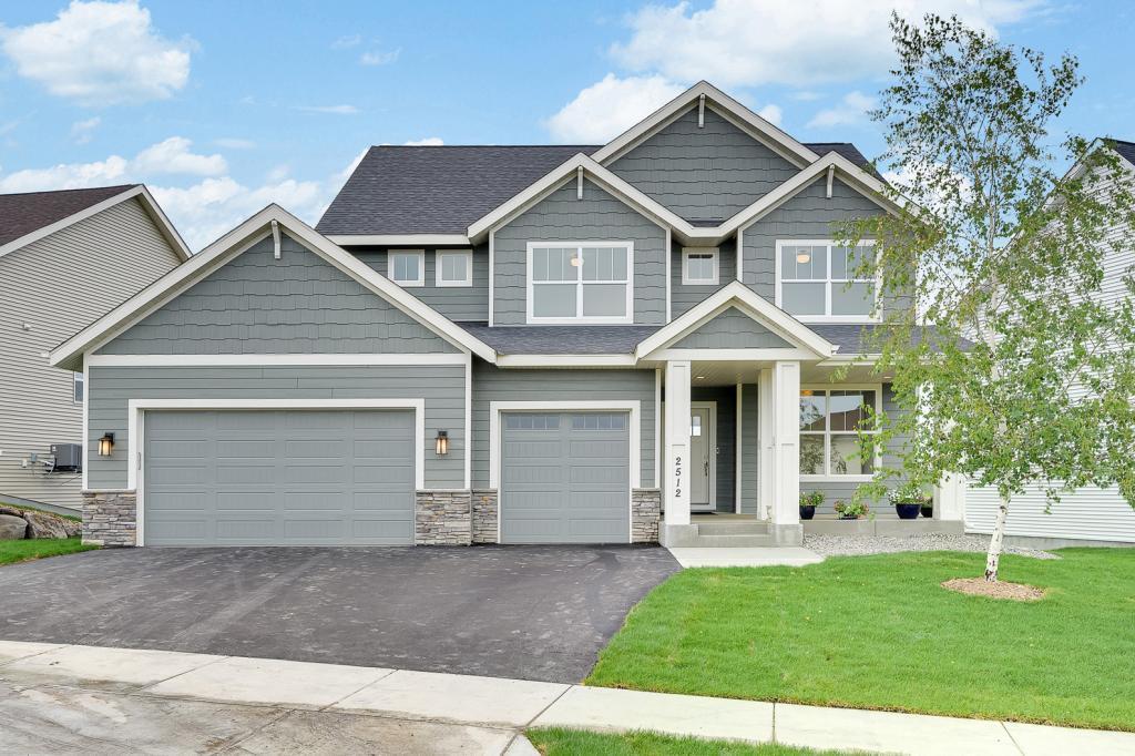 2512 Copper Creek Nw Property Photo
