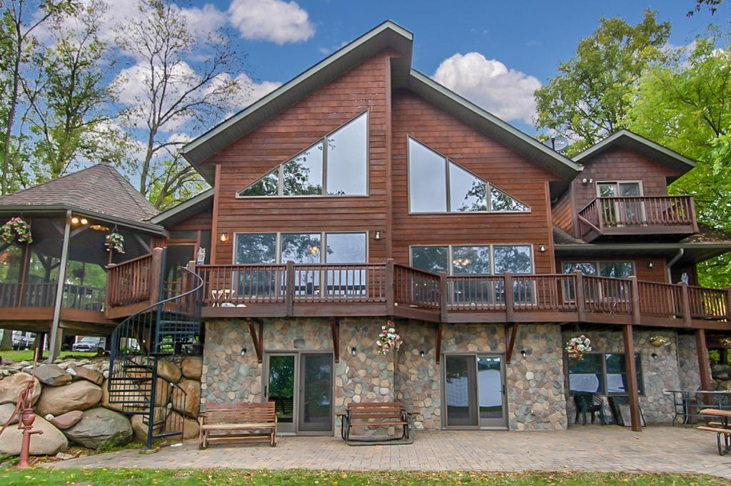 8784 Mogensen Shores Property Photo