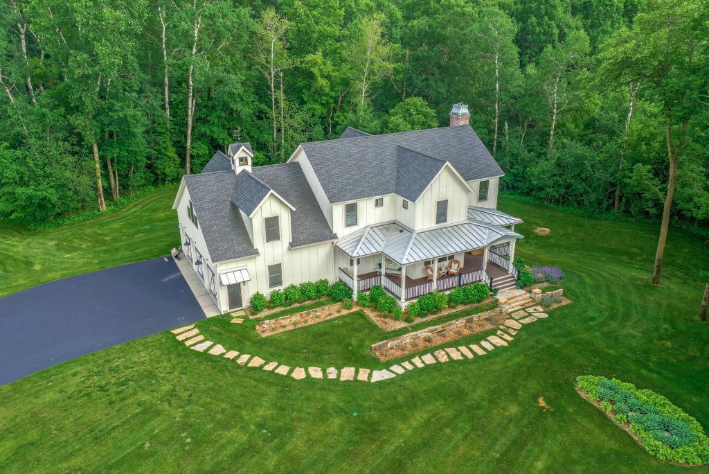 359 Mitchell Property Photo