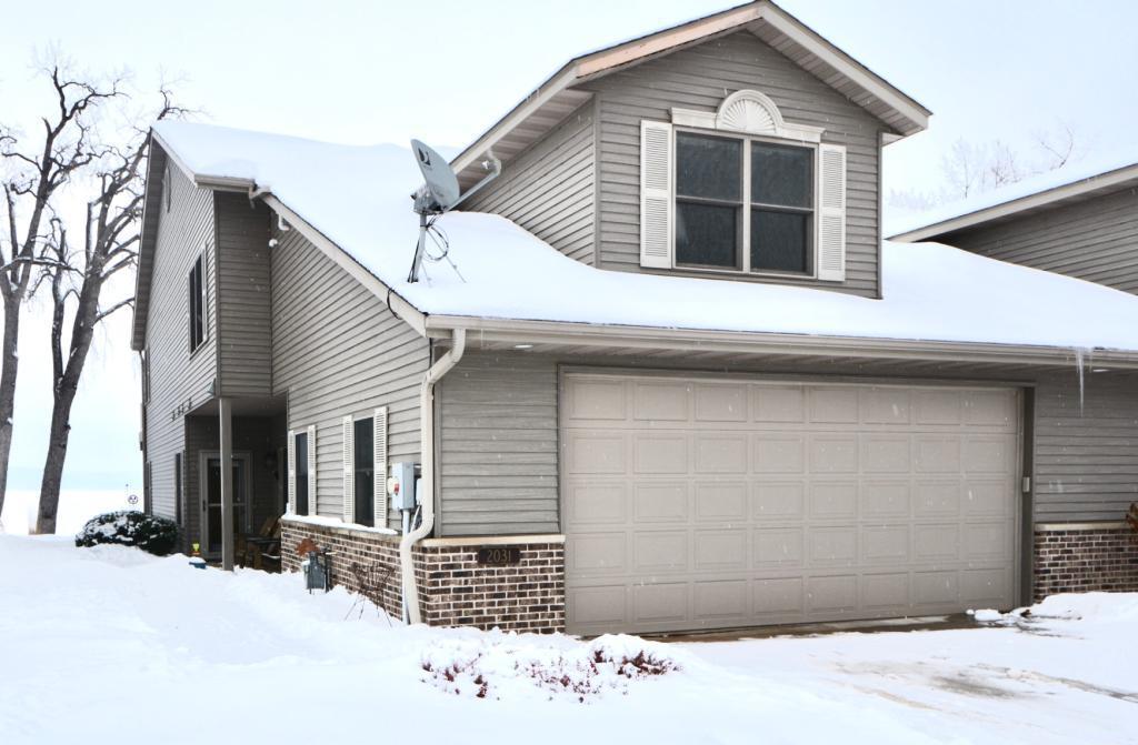 2031 Oak Property Photo