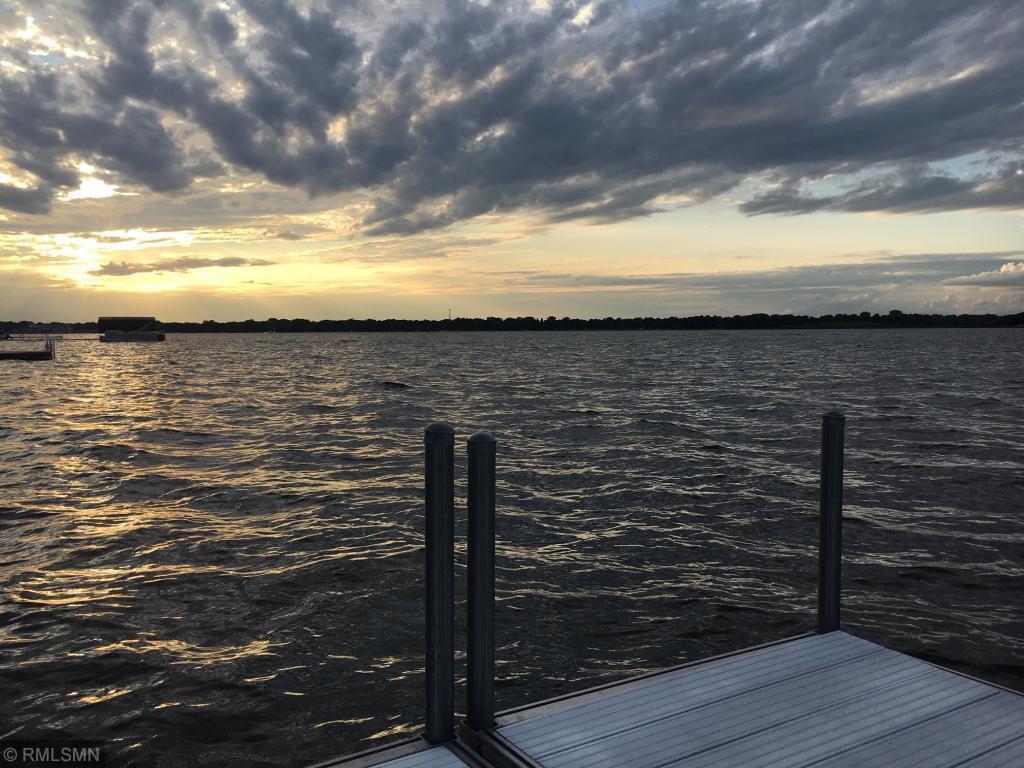 2561 Shore Property Photo