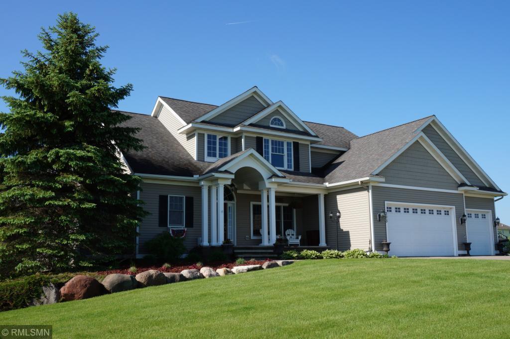 303 Highland Ne Property Photo