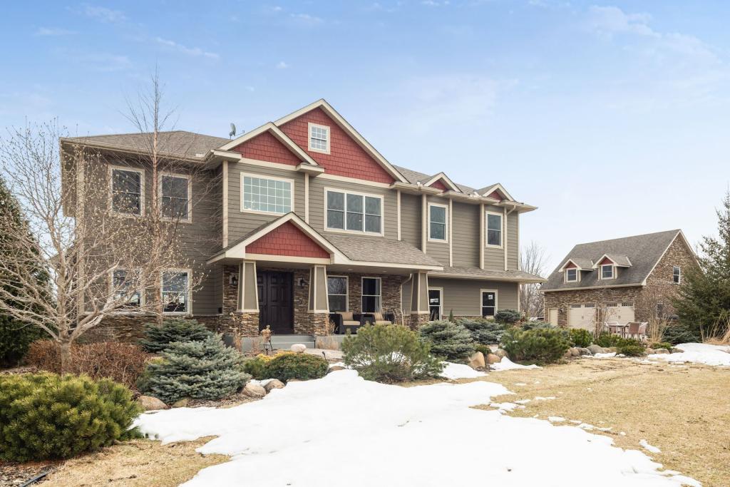 8400 Greenfield Property Photo