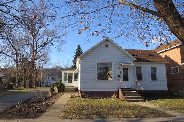 169 9th Property Photo