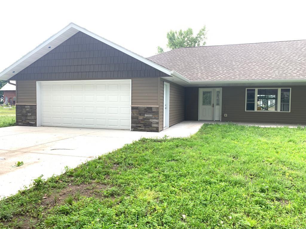 301 1st Property Photo