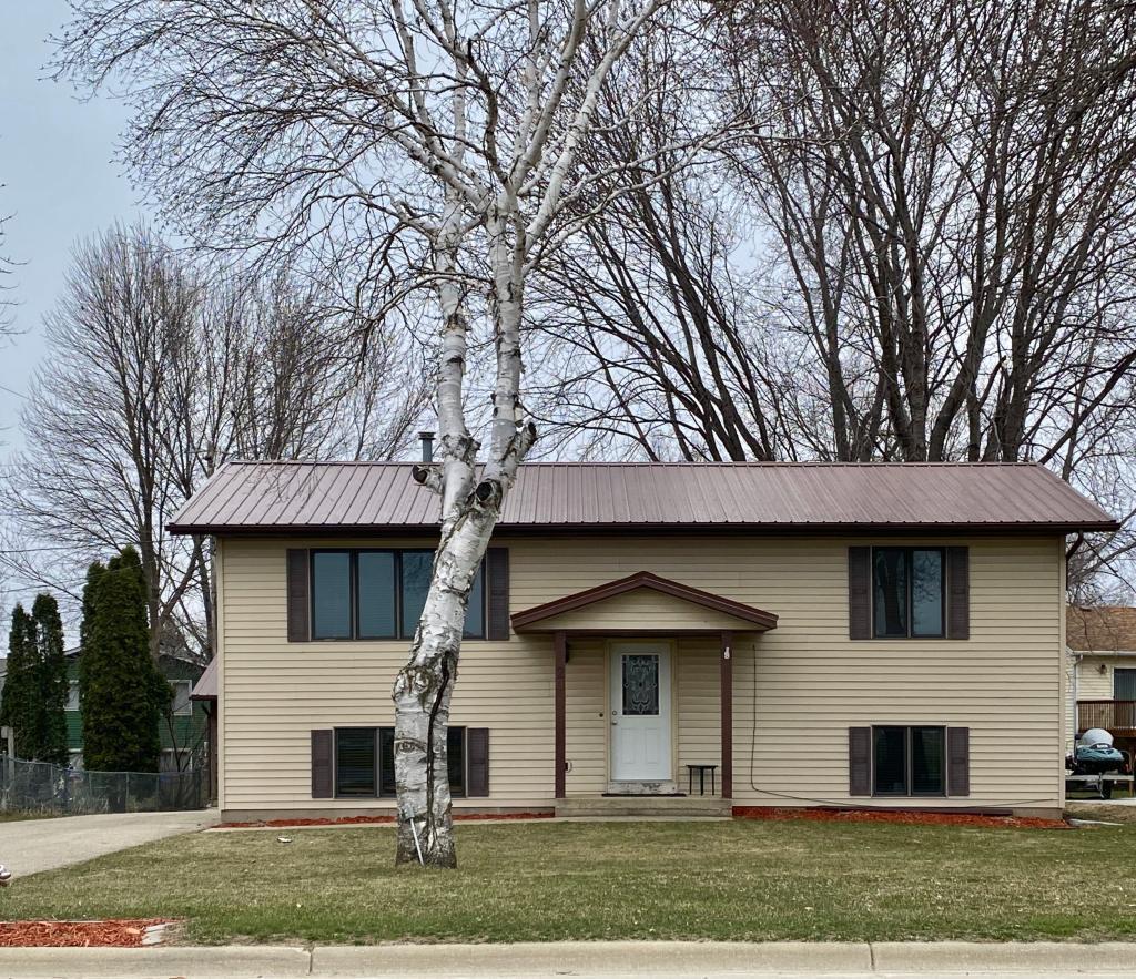 20 South SW Property Photo