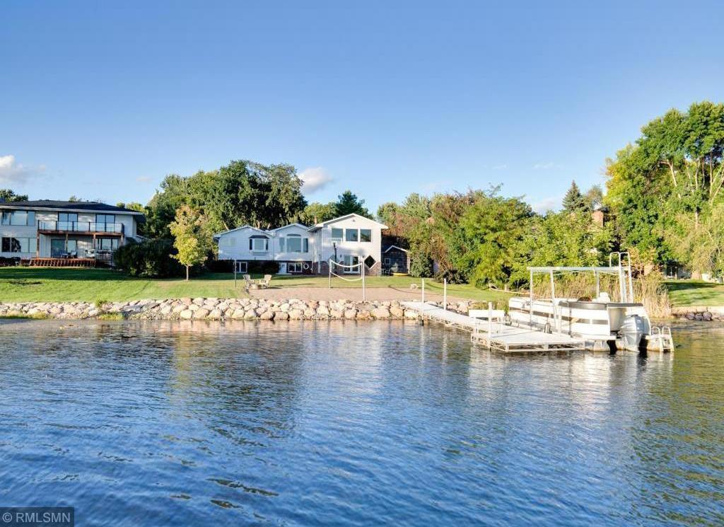 17203 Weaver Lake Drive Property Photo
