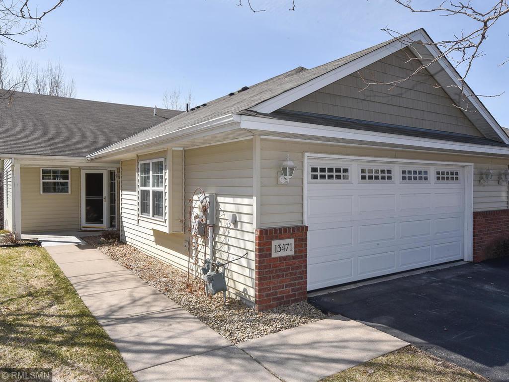 13471 96th N Property Photo