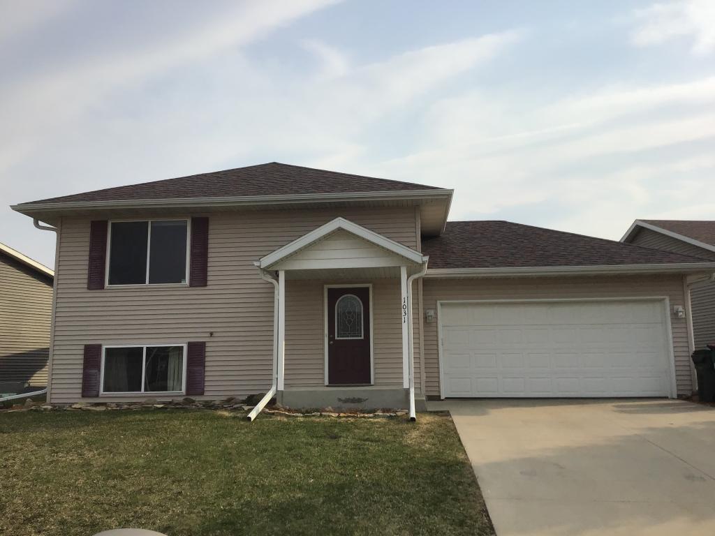1031 Falcon SE Property Photo