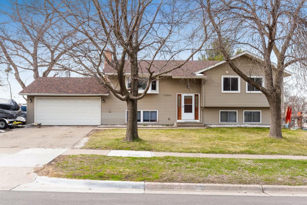 11314 River Hills Property Photo