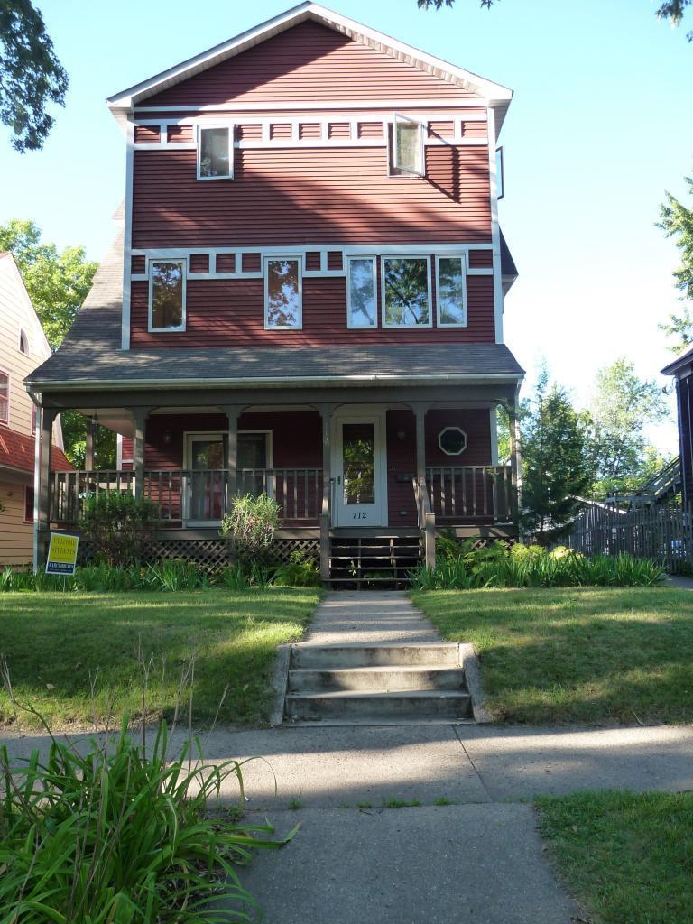 712 7th Street Se Property Photo