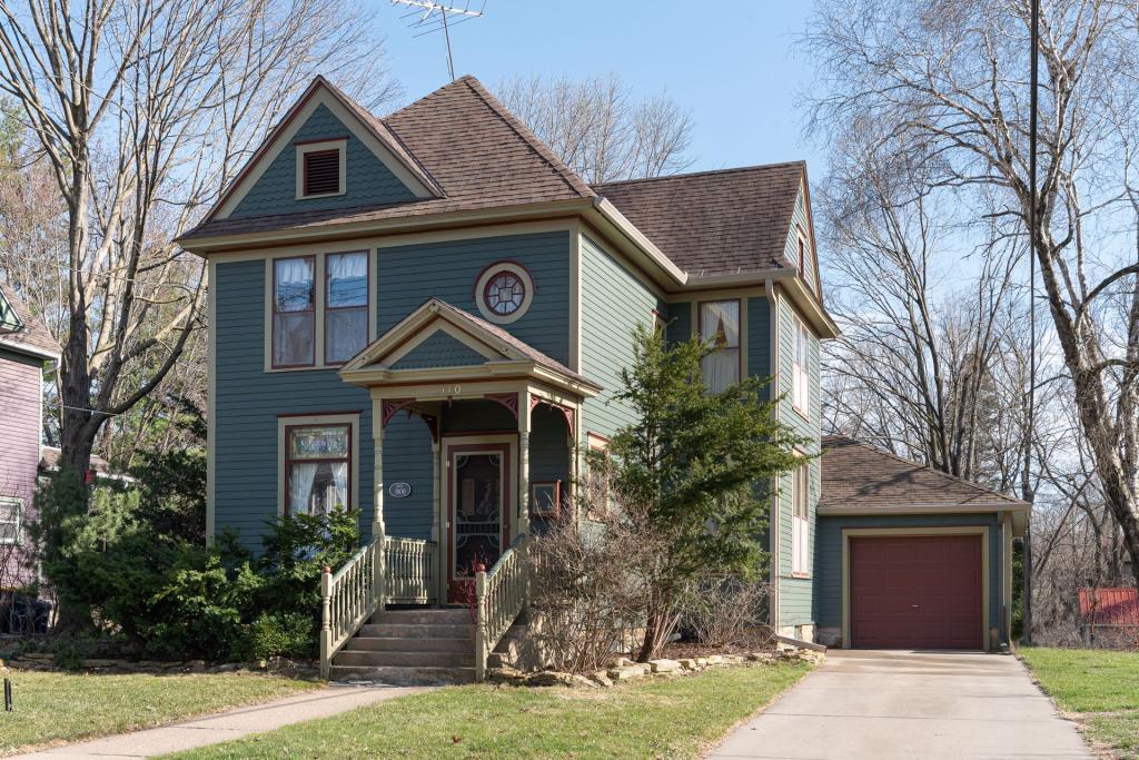 510 5th E Property Photo