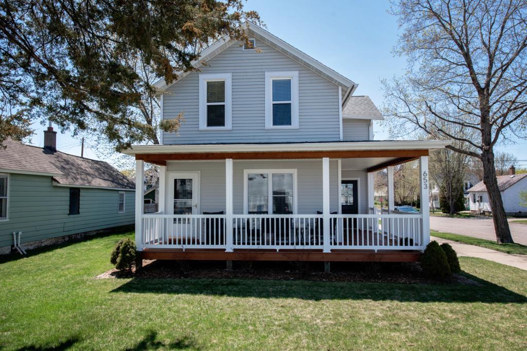 653 2nd Property Photo