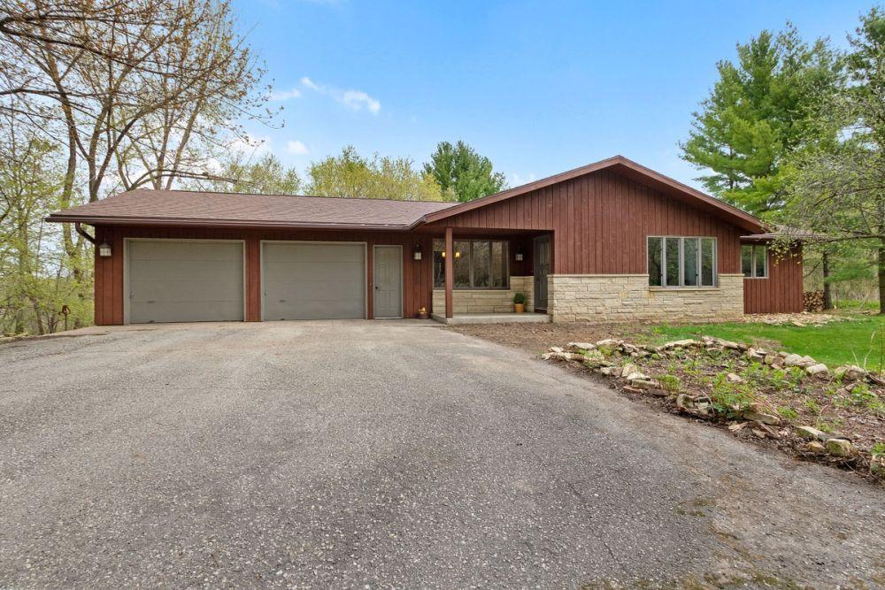 61196 265th Property Photo