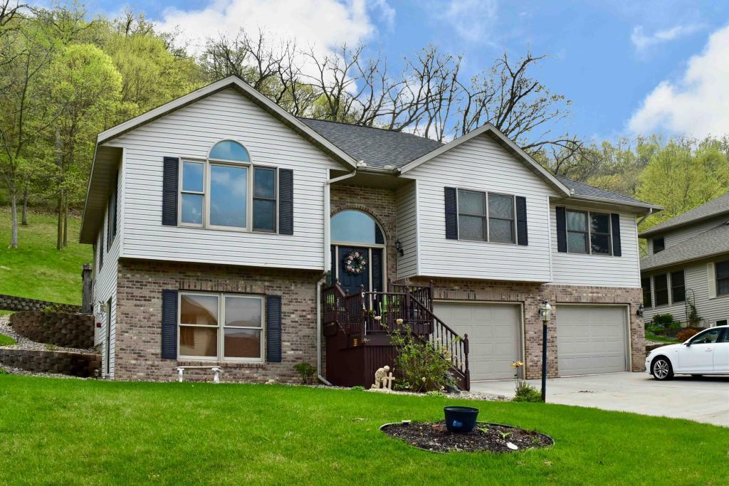 63 Shady Oak Property Photo