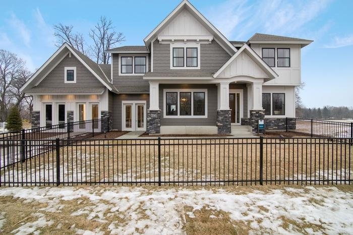 5765 Wooden Cleek Property Photo
