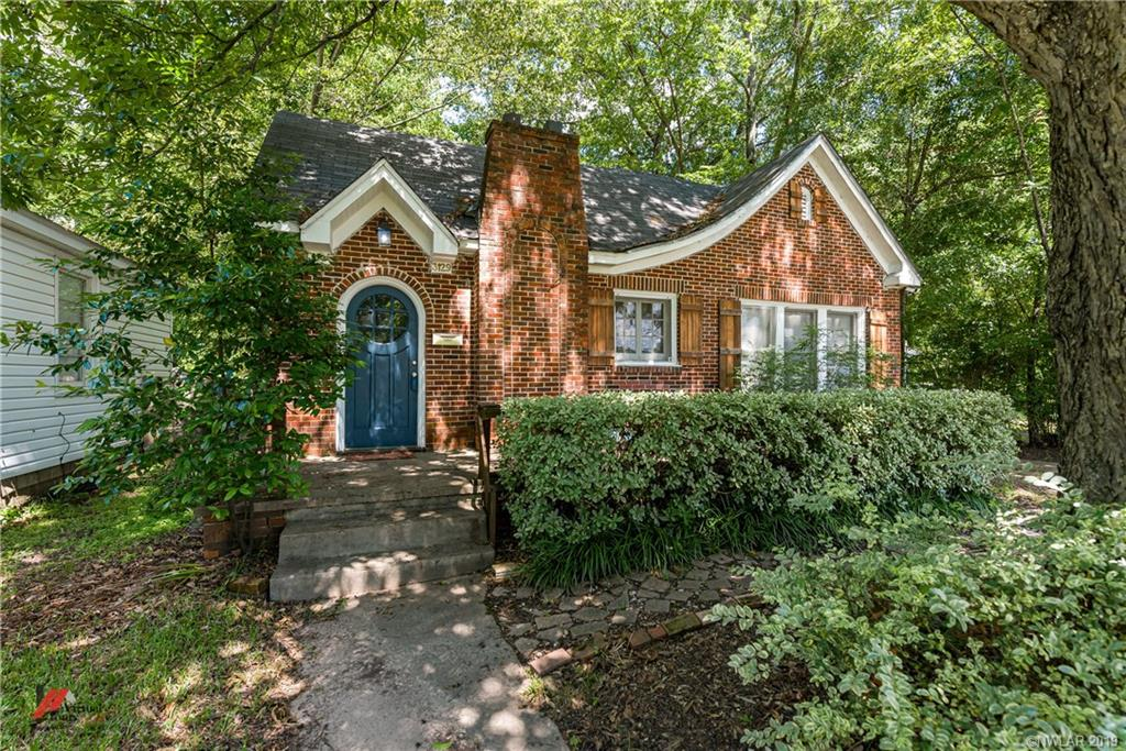 3129 Woodlawn Property Photo
