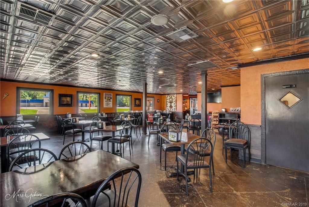 2400 E 70th Street, Shreveport, LA 71105 - Shreveport, LA real estate listing