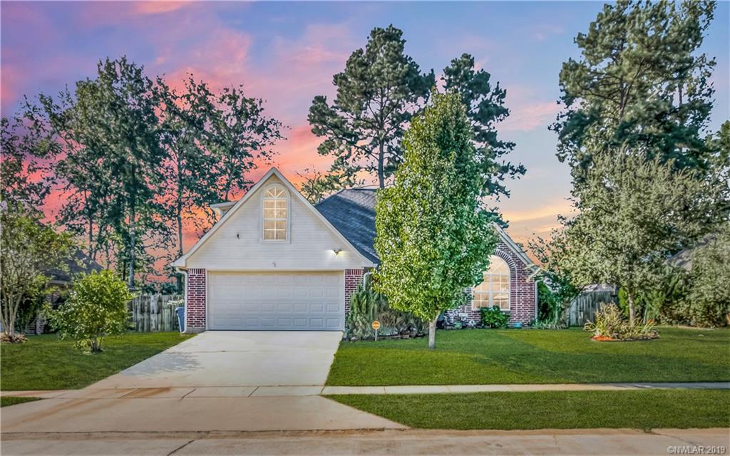 Fox Crossing Real Estate Listings Main Image