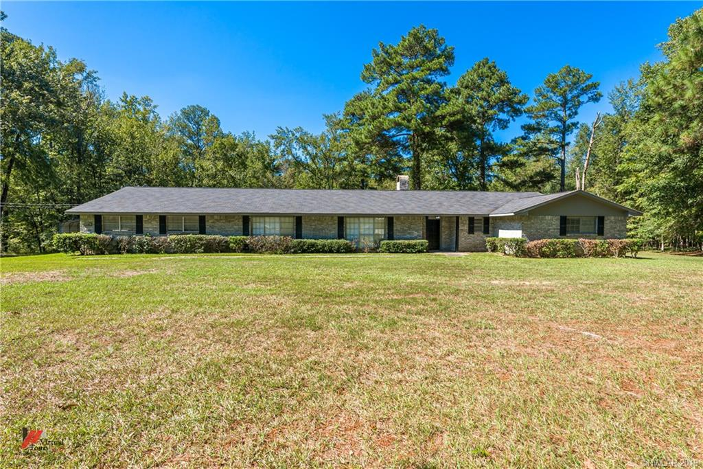 Cecil Collins Real Estate Listings Main Image