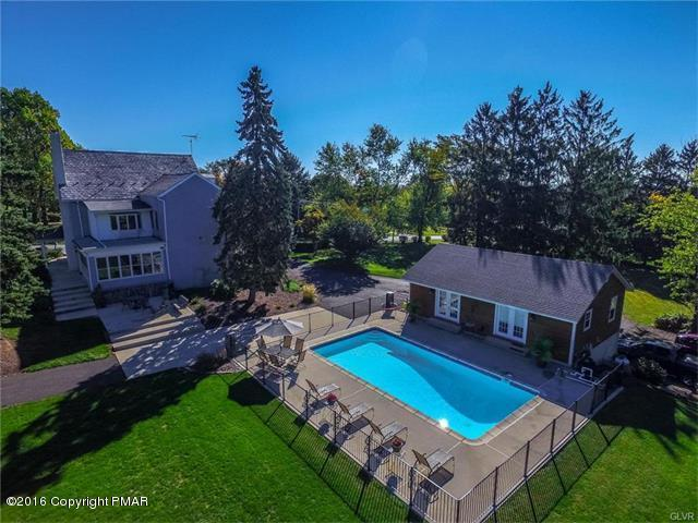2452 Richlandtown Pike Property Photo 1